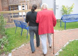 Как ухаживать за болными деменцией